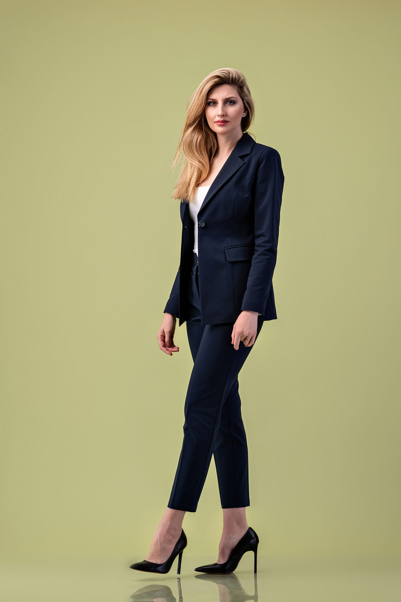 Imagine Pantalon Nicole cu cordon bleumarin