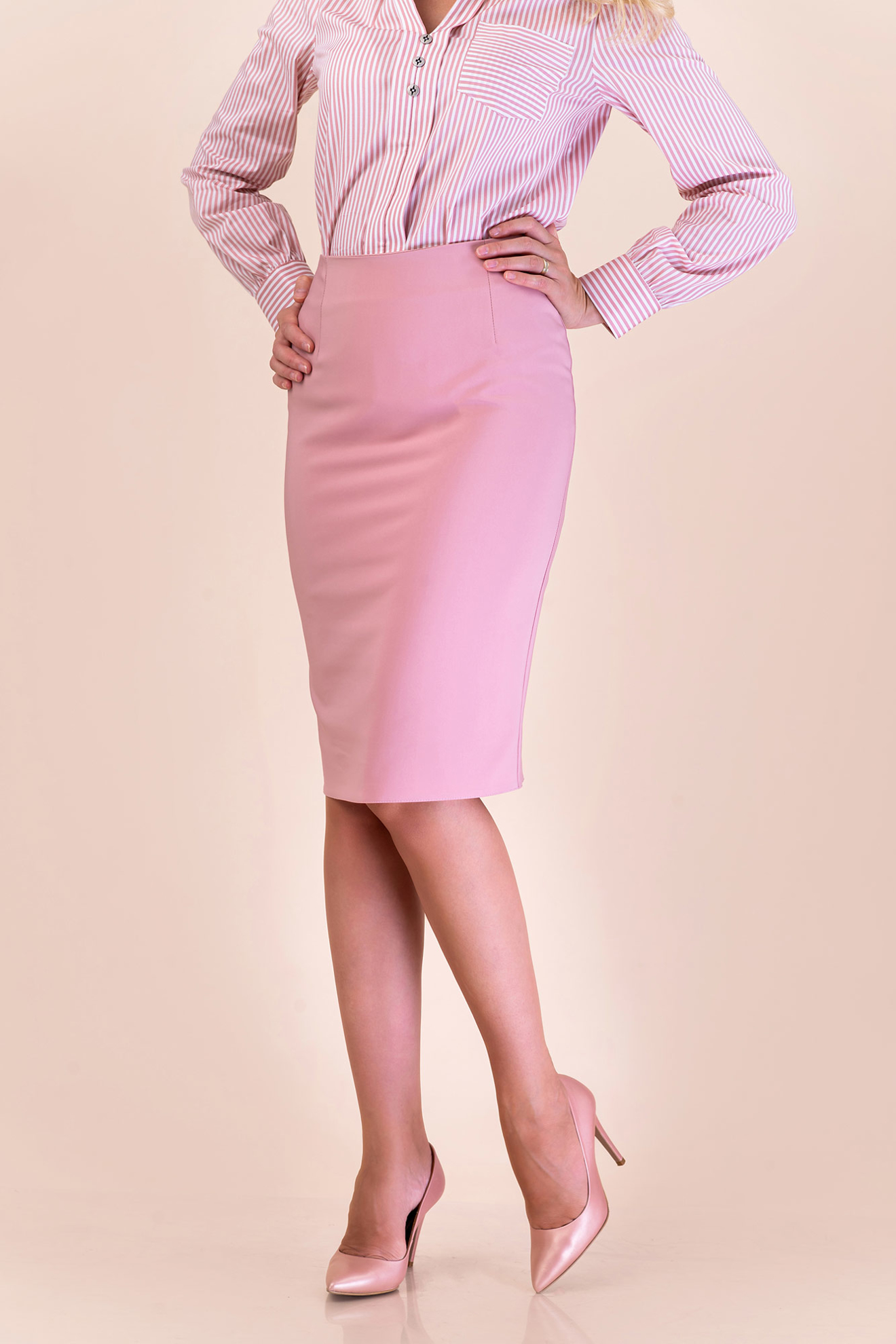 Imagine Fusta Adeline roz pudra